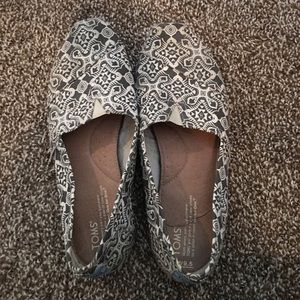 Toms Shoes - Toms Classic Printed sz 9.5